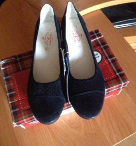Новые туфли из Нат замши