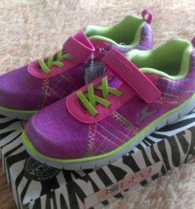 Новые кроссовки Зебра 35 размер