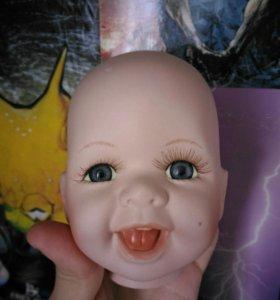 Кукольная голова
