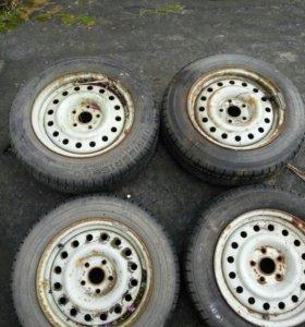 Колеса R15 на ниву