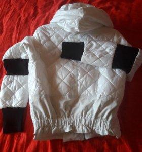 Куртка белая 42-44р бомбер