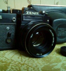 Фотоаппарат Зенит 11.В отличном состоянии.