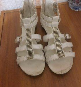 Обувь 36рр