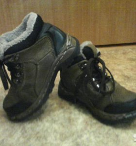 Тёплые кожанные зимние ботинки