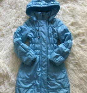 Демисезонное пальто фирмы Ovas