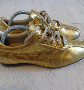 Кроссовки туфли Baldinini р.36