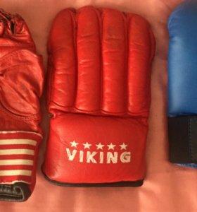 3 пары спортивных перчаток
