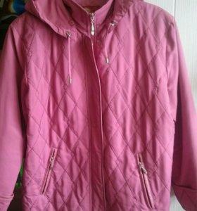 Куртка с капюшоном 52-54 размер