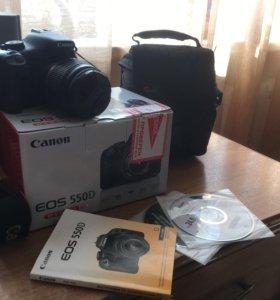 Цифровой фотоаппарат Canon 550D