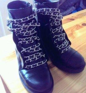 Ботинки Zara сапоги туфли ботинки с цепями обувь