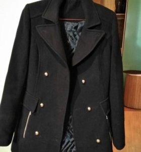 Пальто. Возможен торг