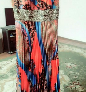 Платье продается б/ у