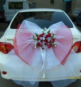 Ведущая на свадьбу, украшение залов и машин