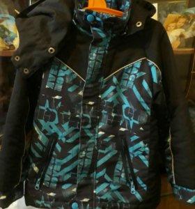 Куртка на мальчика осень.весна рост 128