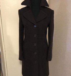 Пальто женское , мало б/у