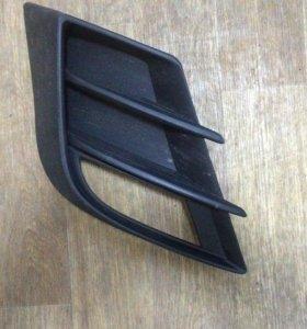 Решетка противотуманной фары Mazda 3 BL