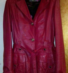 Кожаная куртка пиджак