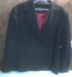 Пиджак женский новый с красным подкладом