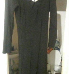 Платье черное 48-48