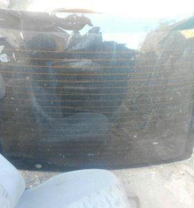 Стекло задние на ВАЗ 2112