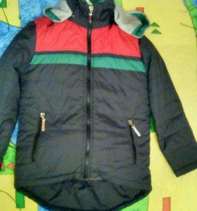 Куртка осенняя( на 6-8лет)