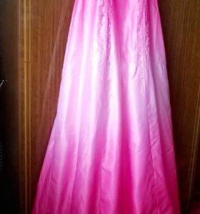 Шикарное платье 42-44+подарок