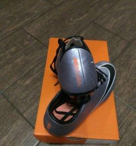 Бутсы Nike размер 3Y