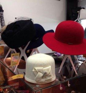 Шляпки и шапки)))