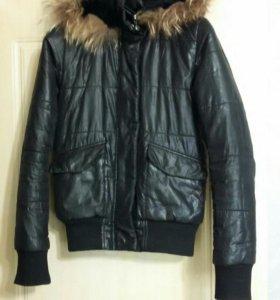 Продам куртку на осень