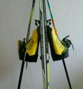 Лыжи детские с ботинками и лыжными палками