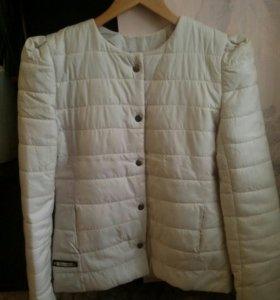 Новая Куртка на синтепоне,S