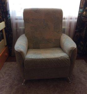 Продаются два кресла,