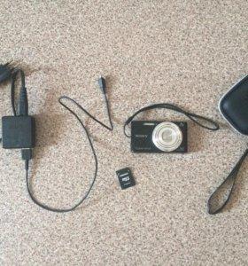 Цифровой фотоаппарат Sony Cyber-shot DSC-W730