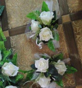 Цветы на свадебный автомобиль