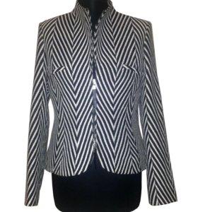 Шерстяной пиджак куртка Caterina Leman 46-48