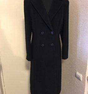 Пальто женское чёрного цвета