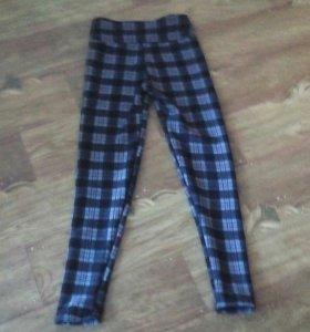 Продам теплые школьные штаны