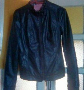 Куртка (эмитация кожи)