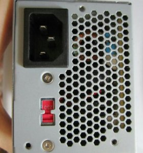 Компьютерный блок питания ATX/TFX