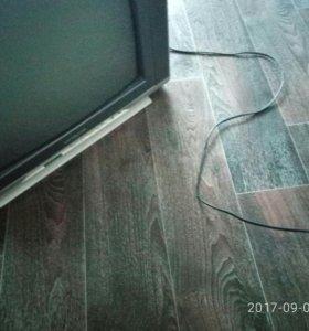 телевизор HITACHI, хорошее состояние