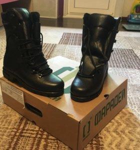 Новые ботинки размер 40