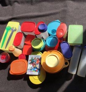 Набор пластиковой посуды Tupperware