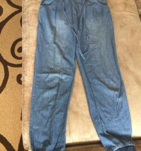 Легкие, свободные джинсы на девочку
