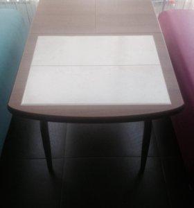Стол (раскладной)- Новый