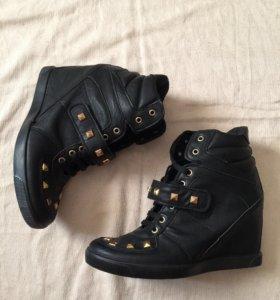 Ботинки 41