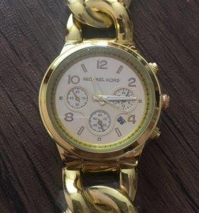 Часы женские новые