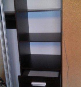 Продаю шкаф в отличном состоянии.