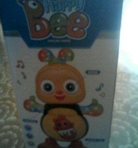 Танцующая, музыкальная,светящаяся пчелка в упаковк