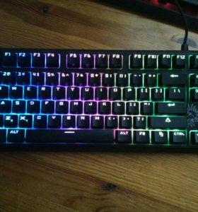 Клавиатура механическая с RGB подсветкой