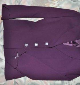 Костюм (пиджак и брюки)